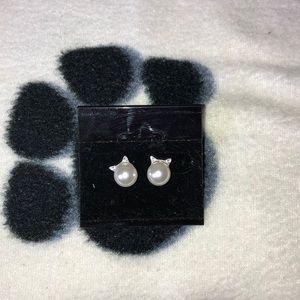 Jewelry - ⭐️ Host Pick- Stud Earrings